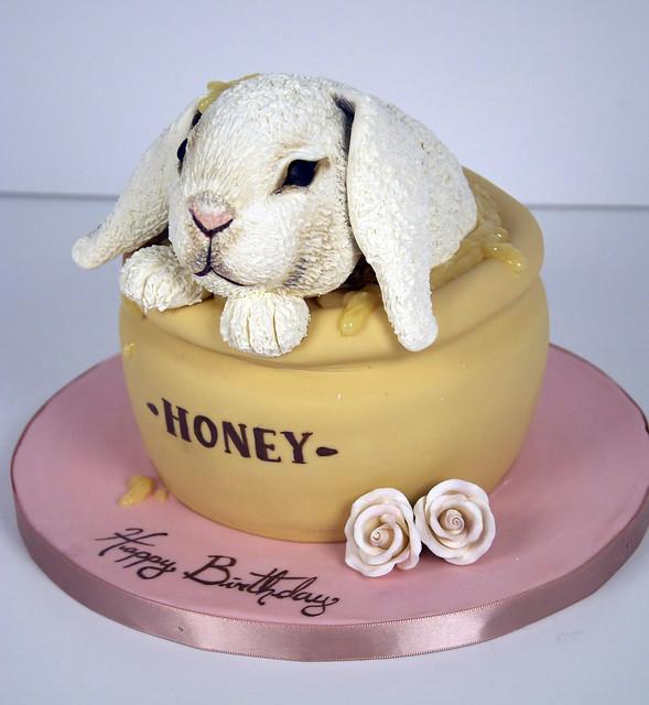 honey pot bunny cake toronto