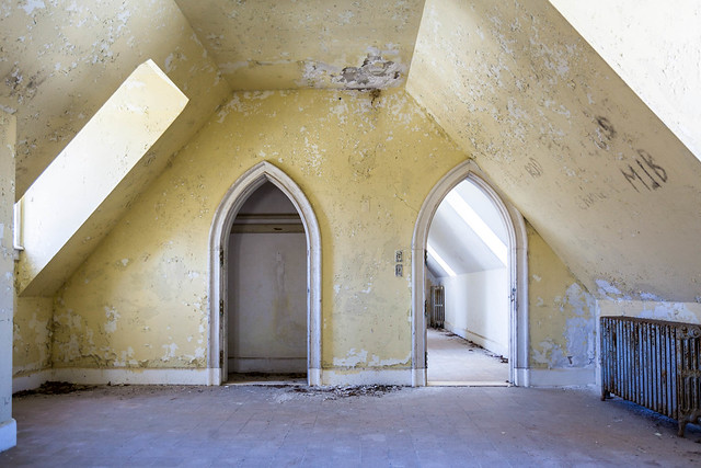Dundas Castle - Roscoe, NY - 2012, Feb - 08.jpg