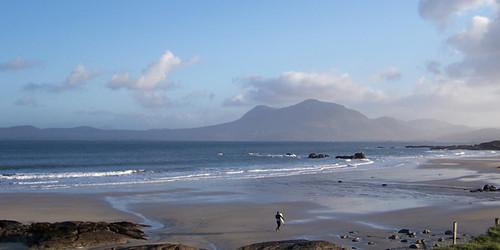 surfing connemaraloop renvylebeach connemarabeaches