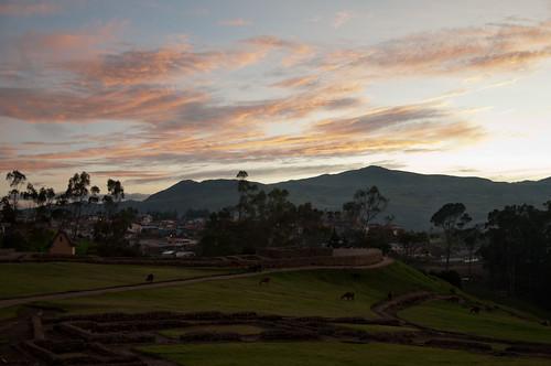 travel light sunset inca landscape countryside ecuador ancient nikon ruins dusk hills nikkor archeology ingapirca incanruins alpacas incan d90 cañar nikond90 18105mmf3556gedafsvrdx