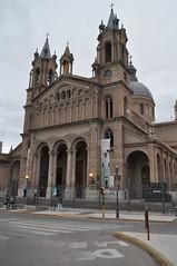 La típica església (catedral de fet) del poble
