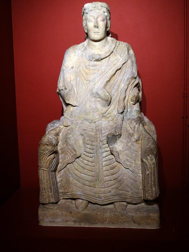 Mother goddess statue. Saint-Aubin-sur-Mer, end of 1st c.