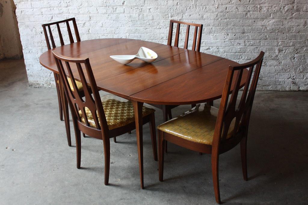 Pristine Broyhill Brasilia Drop Leaf Dining Table And Chai Flickr