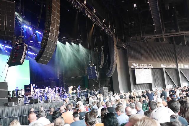 日, 2016-06-12 19:40 - Joe Walsh at BB&T Pavilion