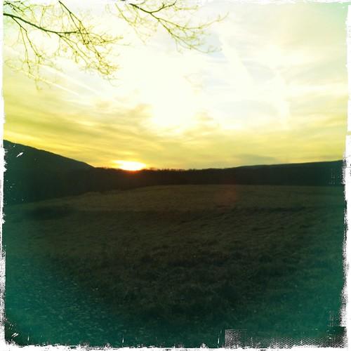 winter sunset pennsylvania jimthorpe poconomountains hipstamatic jimmylens kodotxgrizzledfilm