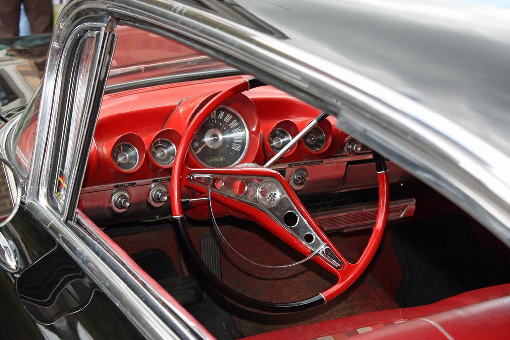 1959 Chevrolet Impala 2-Door Hardtop Sport Coupe (4 of 7