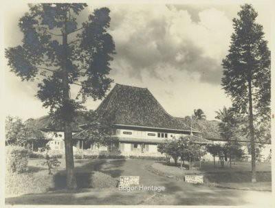 Rode Kruis Ziekenhuis Te Buitenzorg1938 Keep Smile Bogor Flickr