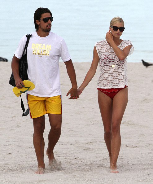 Lena Gercke Sami Khedira They Give Their Love Another C