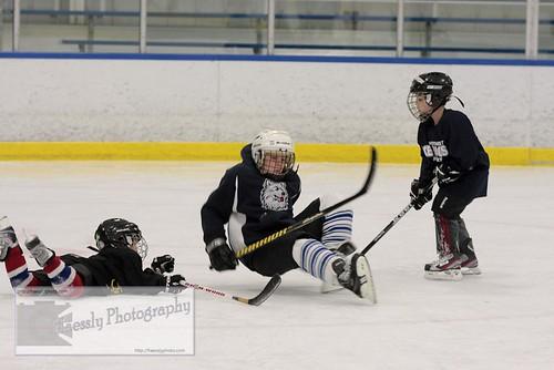 girls hockey boys kids young lts tykes 2011 youthhockey learntoskate neyha keithhaessly haesslyphoto northeastyouthhockeyassociation teachingyoungkidstheessentialsofskating 2012neyhaicedogsjerrydunnackinvitational