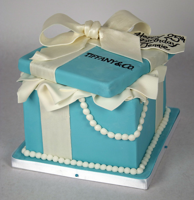 BC4088 - open tiffany box cake toronto