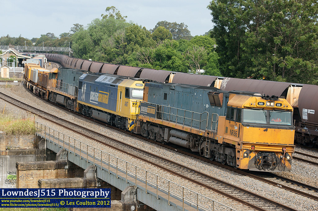 NR86, AN7 & NR76 at East Maitland by LowndesJ515