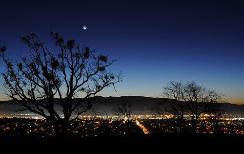 moon night oregon oak crescent medford nikond700 mikepotts