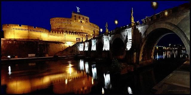 Blue hour on Ponte Sant'Angelo