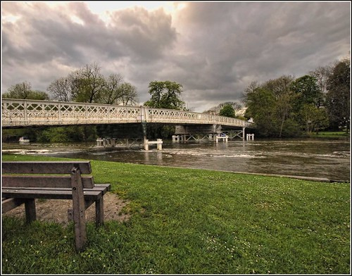 The Toll Bridge Whitchurch-on-Thames