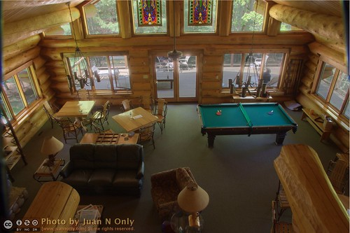 cabin michigan balcony may stainedglass lodge pingpong logcabin billiards upnorth walhalla pooltable whitetail 2012 northernmichigan barothylodge barothy juannonly