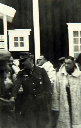 Oberstløytnant Sorko i samtale