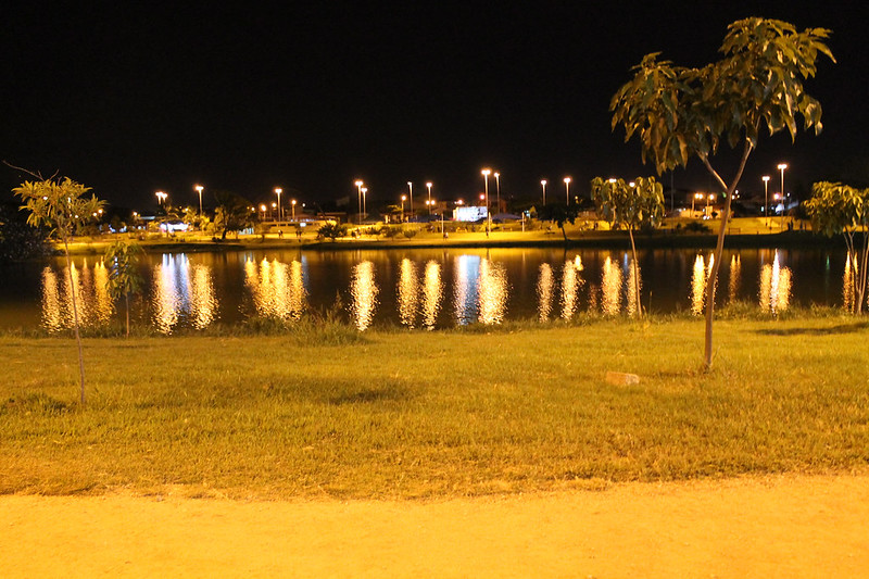 Brilho no lago