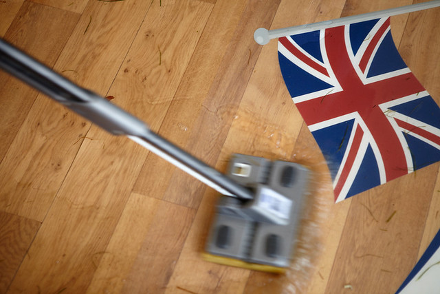 Mopping put the Rain - Queen's Diamond Jubilee