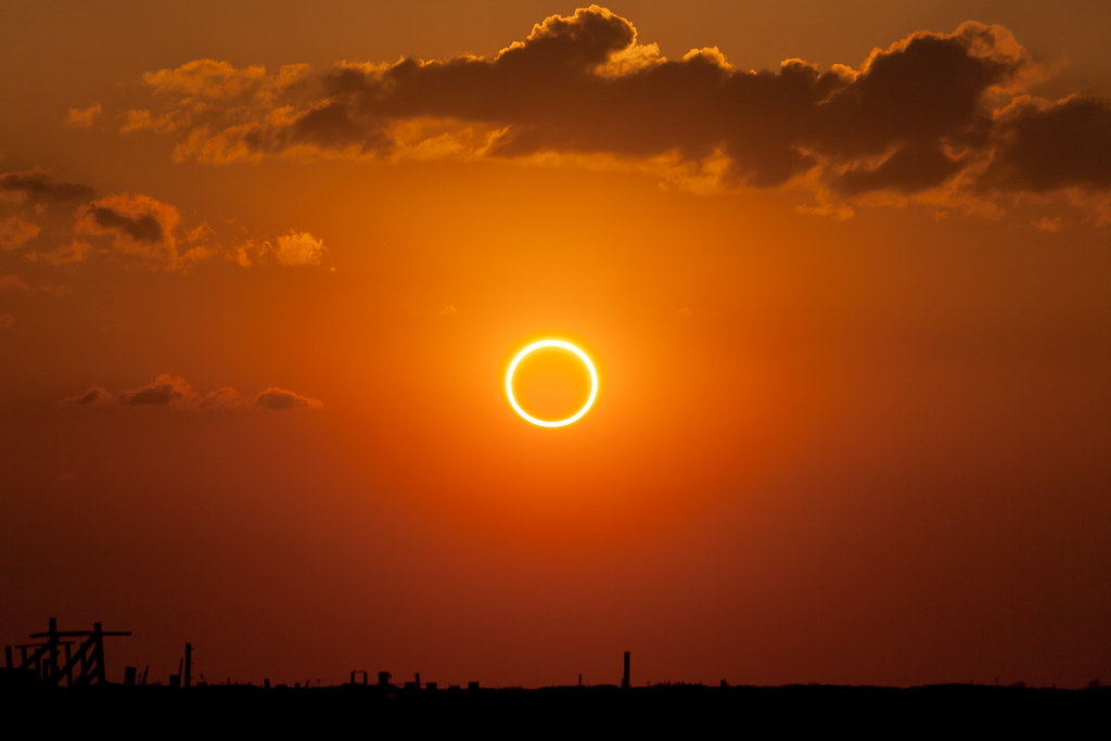 Perfect Ring of Fire - Annular Solar Eclipse | Mid-eclipse, … | Flickr