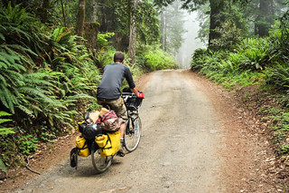 Riding dirt on Usal Road | by tomsbiketrip.com