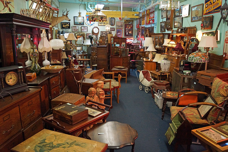 Broadways Best Antiques 742 Broadway Tacoma, WA