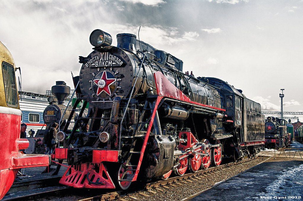 Soviet Steam Locomotive L (\