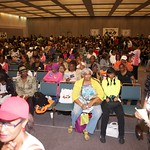 Thousands attend KJLH Women's Health Forum (2)