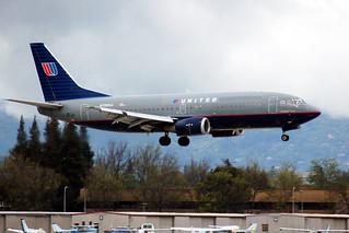 United 737 N399UA at SJC