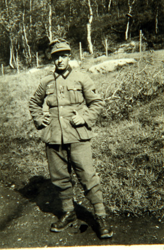 Soldater utmerket med jernkors under Bøffelmarsjen