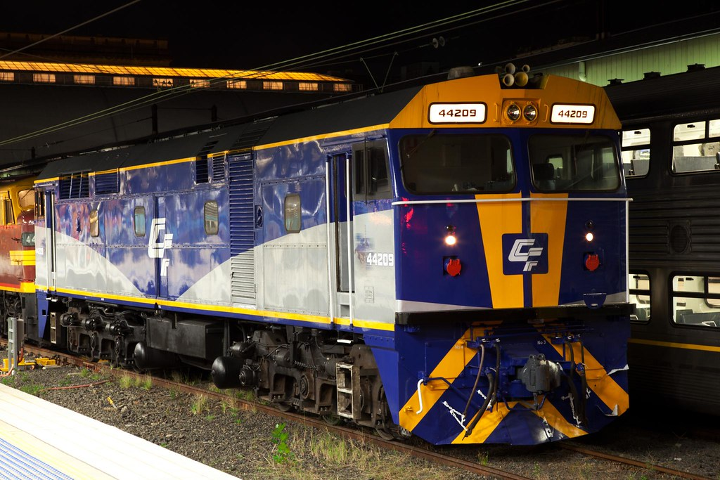 44209 at Central by Trent
