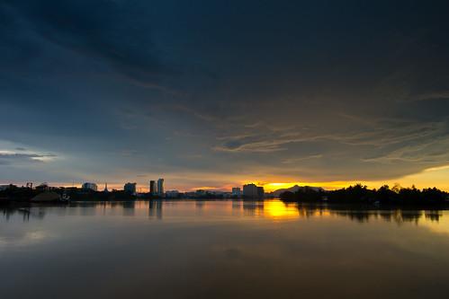 sunset cloud river flickr skies sony places sarawak malaysia borneo kuching slt gettyimages a77 flickrawards sungaisarawak iamflickr