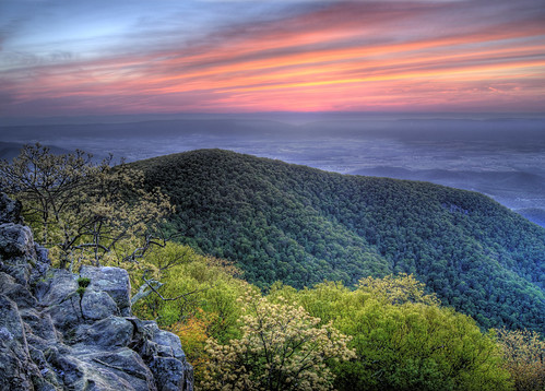 sunset mountains virginia nationalpark spring hiking trail hawksbill hiker shenandoah