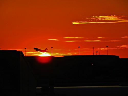 sunset pearsoninternationalairport mississauga ontario canada heartawards