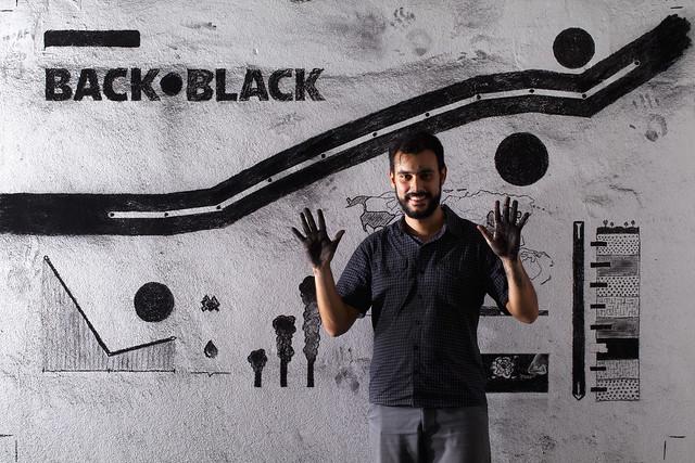 desenhando na parede