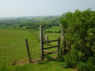 Descending to Stowting Sandling to Wye walk