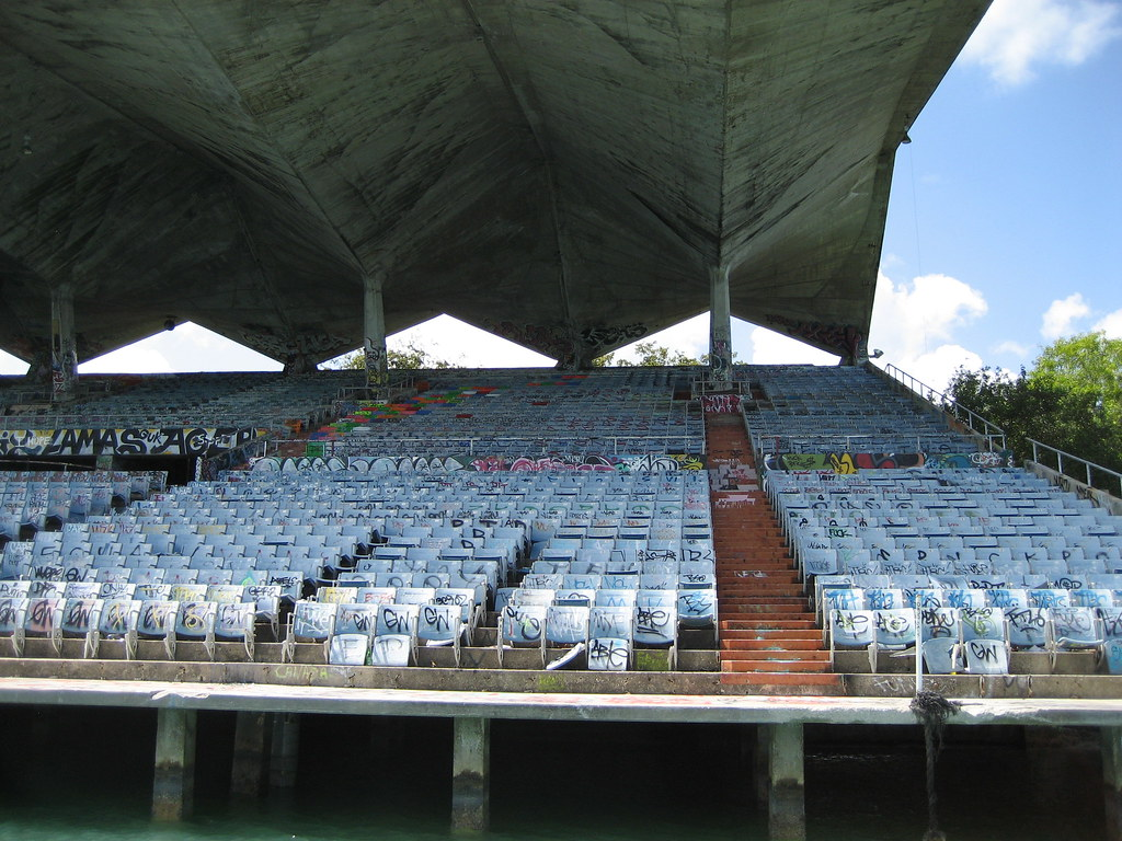 miami marine stadium - today | miami marine stadium as it
