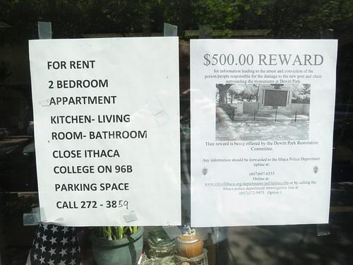 $500 Reward   by pasa47