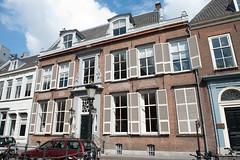 <p>Kromme Nieuwegracht 6, het woonhuis van Julien Wolbers. Foto: Anna van Kooij.</p>
