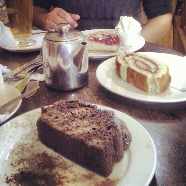tea time at Country Bake, Dalkey