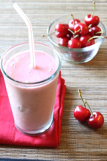 Very Cherry Berry Smoothie | by Michael Beyer Photography