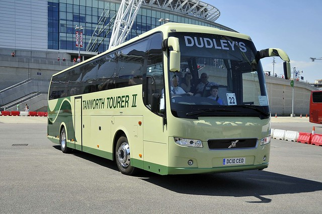 DC10CED  Dudley's Coaches,Radford (WO)
