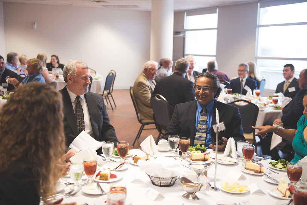 051216_EngineeringGradsLuncheon-4167