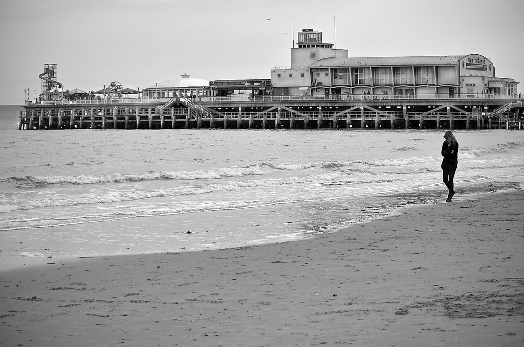 SEA OF A HEARTBREAK (Mono version) | Photograph taken at 17
