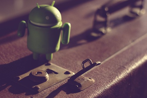 Android going to travel vintage | by Oleg Kr