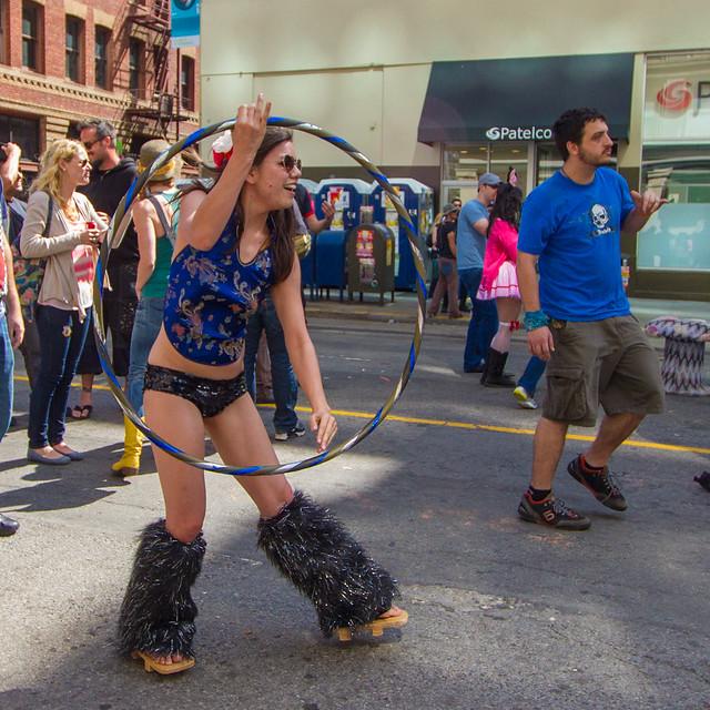 How Weird Street Faire 2012: frame