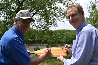 Signing the paddle | by U.S. Fish and Wildlife Service - Midwest Region