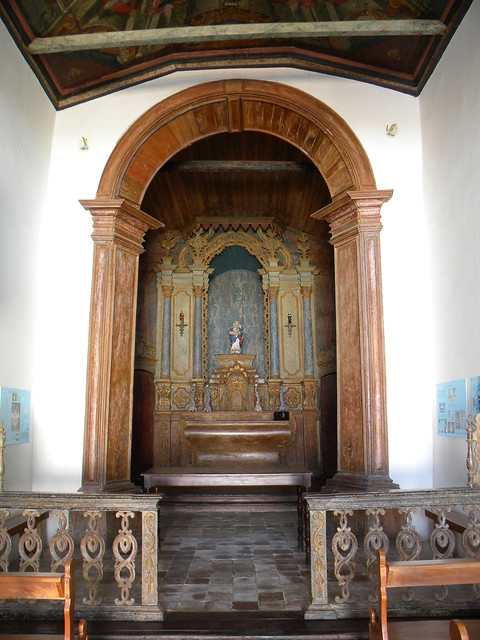 Altar da Igreja N. S. da Abadia
