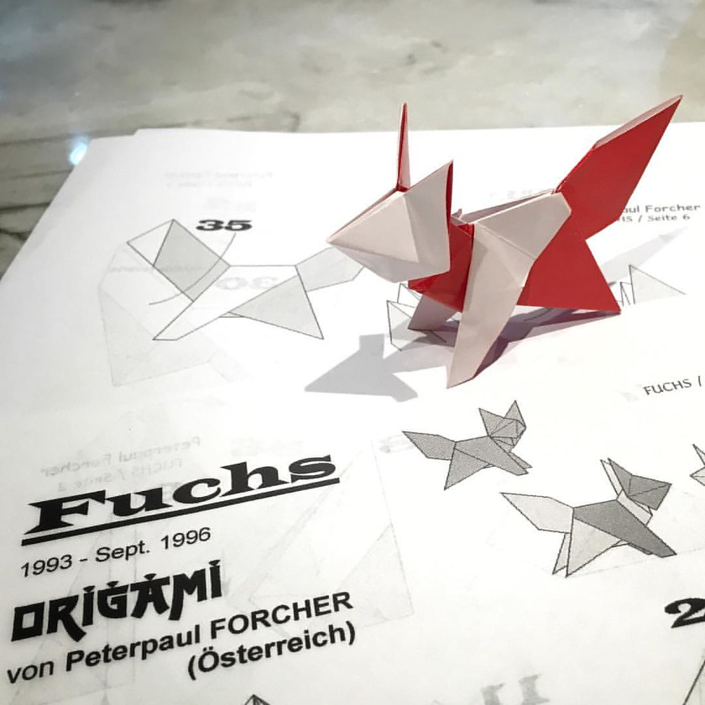 Make an adorable origami fox in only 8 steps! Quick and easy ... | 1024x1024