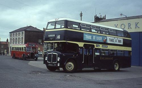 PHOTO Tynemouth AEC Renown 333 GAT820D in 1972