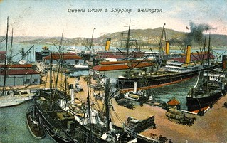[Postcard]. Queens Wharf & shipping, Wellington. G & G Series no. 125. [ca 1908]. | by National Library NZ on The Commons